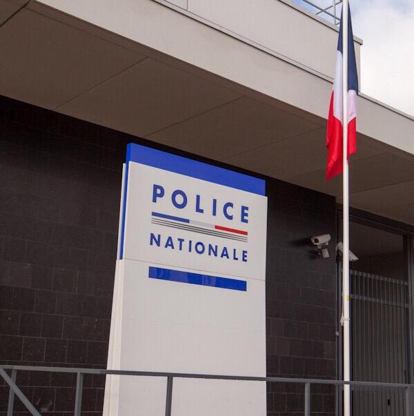 Yvelines : le voleur est désarmé par l'agent de sécurité qu'il menaçait avec un cutter