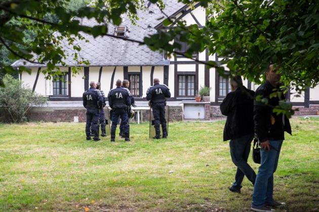 Les forces de police, dont une compagnie de CRS, ont investi la ferme des Bouillons ce matin après l'heure légale de 6 heures (Photo @DR)