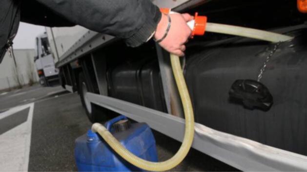 Oissel : les voleurs de carburant entassés à cinq dans une voiturette sans permis !