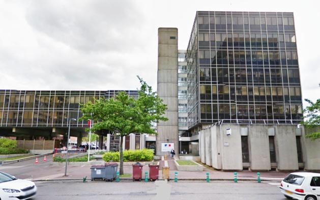 L'immeuble de la rue Brisout de Barneville abrite les services de la Direction départementale de la sécurité publique (DDSP)