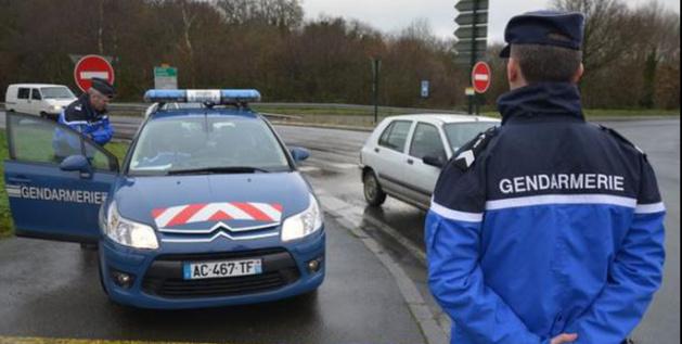 Illustration. Les gendarmes avaient établi un barrage à la sortie de la RN 27, à Manéhouville avant d'arriver à Dieppe