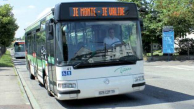 Yvelines : jets de projectiles contre un bus et les policiers, un gamin de 13 ans interpellé