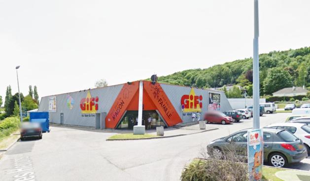 Illustration. Le magasin Gifi, rue des Castors à Montivilliers