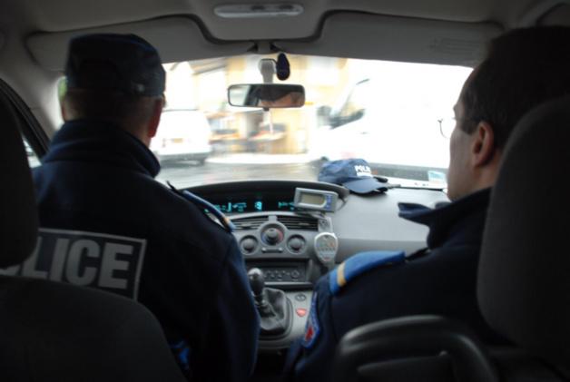 Illustration. La voiture des voleurs a été prise discrètement en filature par un équipage de la BSU de Bolbec