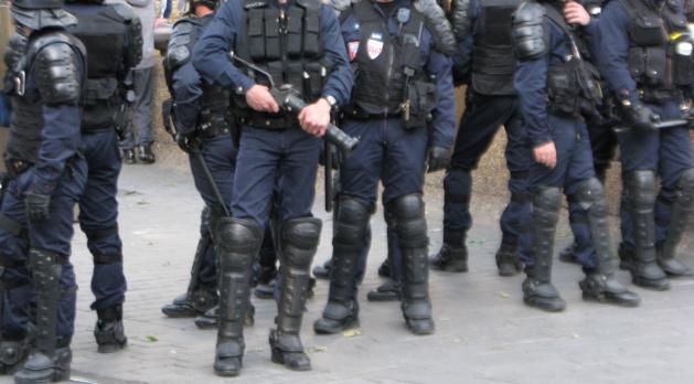 Quelque 400 hommes, CRS, gendarmes mobiles et effectifs de la sécurité publique de Seine-Maritime, sont positionnés ce soir à proximité des quais bas et hauts sur la rive gauche de Rouen (Photo d'illustration)