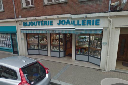 La bijouterie Bruneau est située en centre-ville (Illustration @Google Maps)