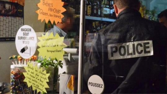 Régulièrement, des contrôles sont effectués par les services de police dans les épiceries de nuit soumises à l'arrêté municipal anti-alcool à Rouen (Photo d'illustration)