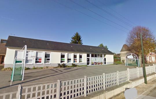 Parmi les projets importants de cette fin d'année, celui de la commune de Calleville qui va construire un préau et  agrandir le restaurant scolaire