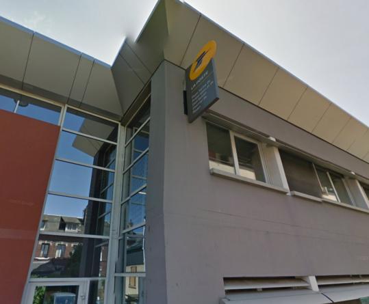 Les colis ont été découverts par des employés de la plateforme de préparation et de distribution du courrier, rue Sabléee, sur la rive gauche de Rouen
