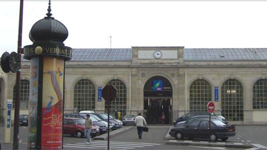 Fausse alerte à la sacoche suspecte à la gare de Versailles
