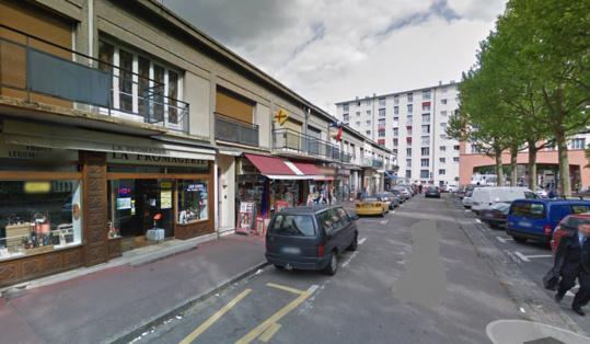 C'est un magasin de crèmerie-fromagerie, boulevard d'Orléans, qui a été la cible des malfaiteurs (Illistration @Google Maps)