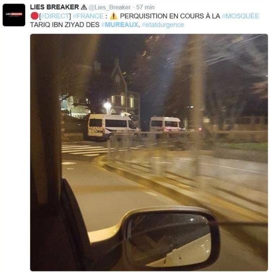 Perquisition ce soir dans le mosquée des Mureaux, rue Gambetta (Image publiée sur Twitter)