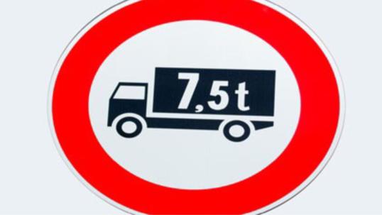 COP21. Les poids-lourds interdits de circuler ce lundi jusqu'à 22 h en Ile-de-France