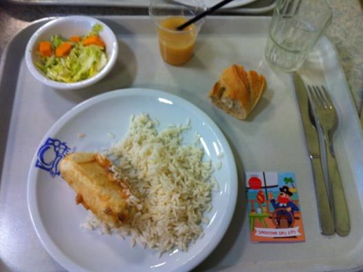 Les repas servis à la cantine ne sont pas en cause, selon les analyses (Illustration)