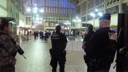 La présence d'une patrouille Vigipirate dans le secteur de la gare a permis d'intervenir rapidement et d'interpeller les auteurs de l'agression (illustration@DR)