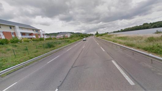L'accident s'est produit sur une ligne droite. Selon les premières constatations, l'un des véhicules s'est déporté sur la voie inverse provoquant un face à face ( Illustration)