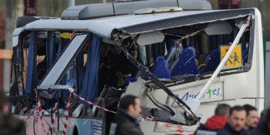 Six victimes dans cet autocar qui transportait 18 jeunes gens (Photo© Xavier Léoty/Sud-Ouest)