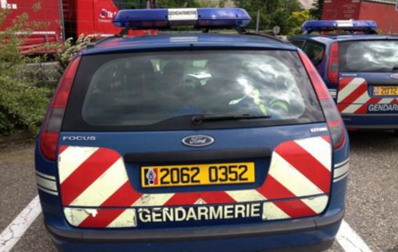 A Menneval, près de Bernay, les voleurs passent en force à la caisse avec 5000€ de consoles et jeux