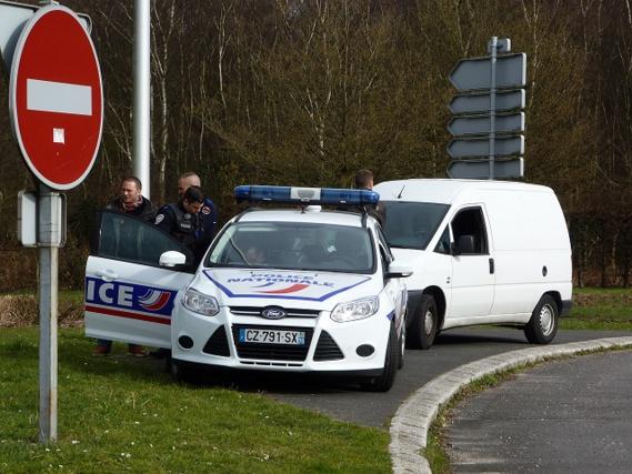 Une cinquantaine de fonctionnaires de la sécurité publique, ainsi que des agents des douanes et des polices municipales de Notre-Dame-de-Bondeville, Bois-Guillaume et de Saint-Etienne-du-Rouvray ont été mobilisés de 15h à 17h30 sur six points de contrôle (Photo@DDSP76)