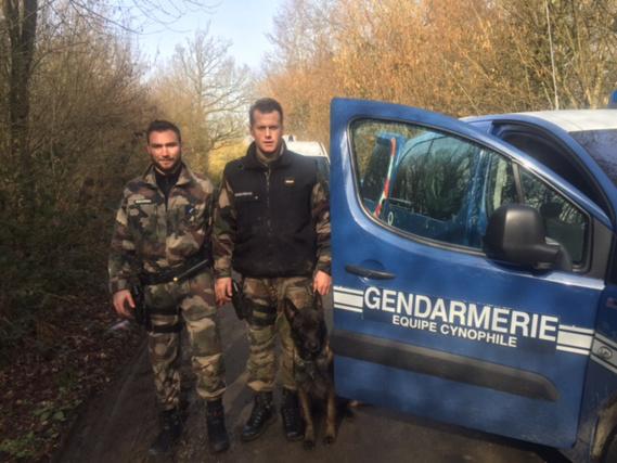 Les gendarmes ont repéré le véhicule signalé volé dans la nuit dans le Val d'Oise (photo@gendarmerie)