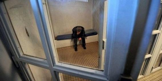 L'auteur des faits a été placé en chambre de sûreté à l'hôtel de police (Illustration)
