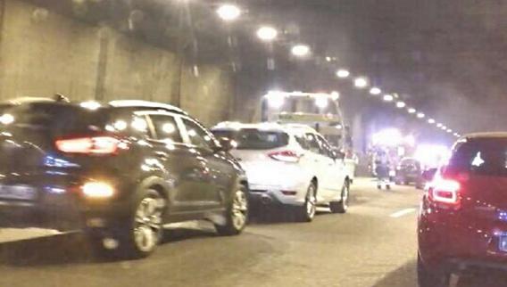 Carambolage dans le tunnel à Mantes-la-Ville (Photos@D.B. pour infoNormandie)