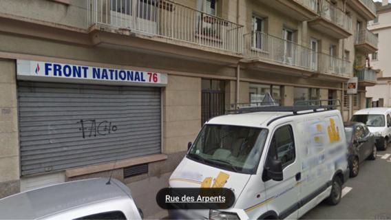 La vitrine de la permanence frontiste, 22, rue des Aroents, a été brisée et de la peinture a été répandue sur la façade et à l'intérieur (Illustration).