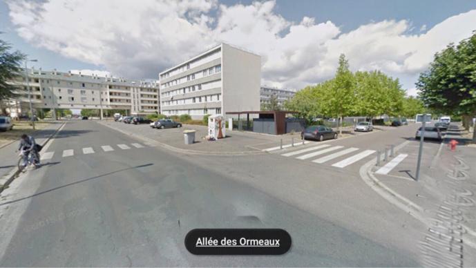 Le drame s'est produit à l'intersection de la rue de la République et de l'allée des Ormeaux, dans le quartier de Bècheville
