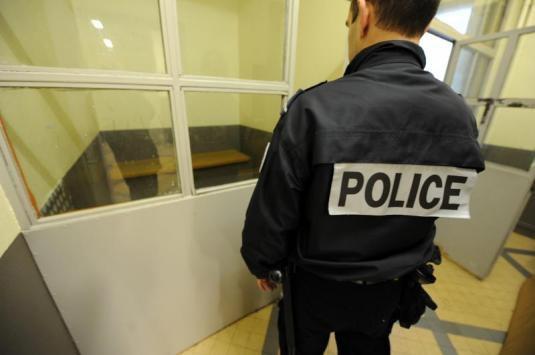 L'agresseur, originaire de l'Eure, a été placé en dégrisement puis en garde à vue pour violences volontaires (Illustration)