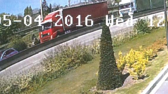 Piéton tué par un semi-remorque près de Rouen: le chauffeur bosniaque mis hors de cause