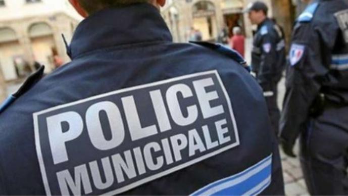 Les policiers municipaux ont été pris à partie lors d'un contrôle routier (Illustration)