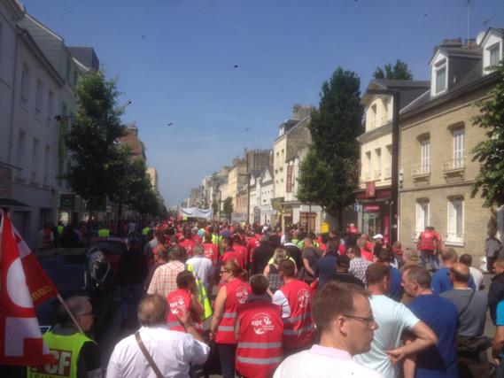Combien étaient-ils dans les rues du Havre ? Près de 40 000 selon les syndicats, 5 500 selon la police... (Photo@Baptiste Bauza)