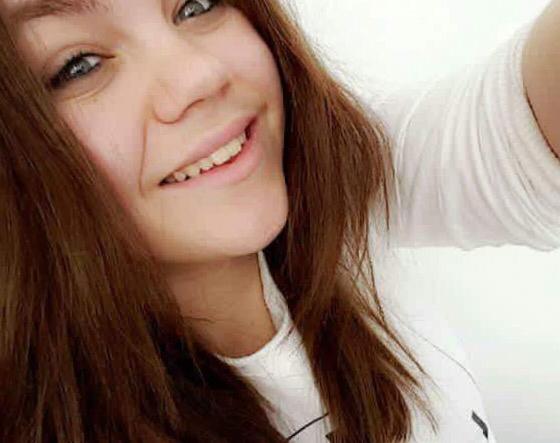 Photo récente de l'adolescente de 14 ans publiée sur les réseaux sociaux par sa famille @Facebook