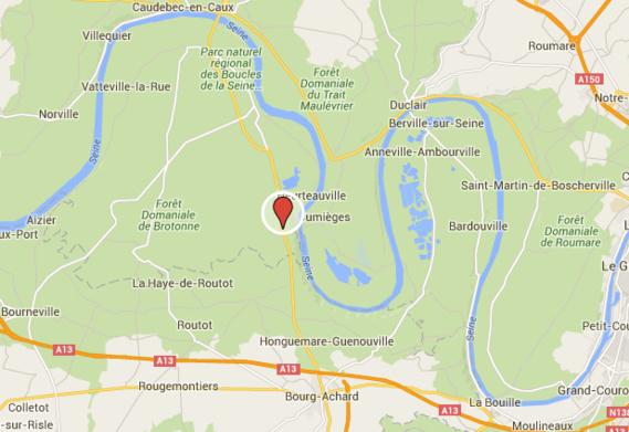 Seine-Maritime : un poids-lourd couché, la D913 coupée entre La Mailleraye et Bourg-Achard