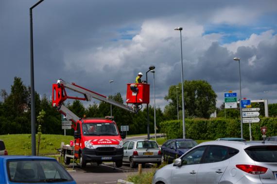 Victime d'actes de vandalisme, l'aire de covoiturage de Douains placée sous vidéo-protection