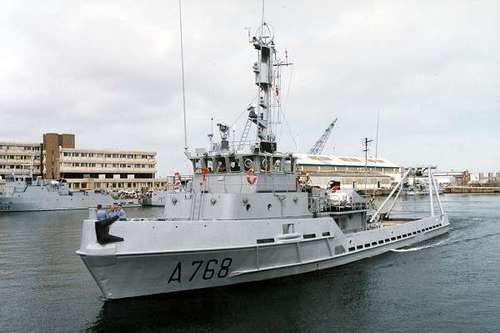 Le BSR Élan à été lancé le 28 juillet 1977 et mis en service le 07 avril 1978. Son port d'attache est Cherbourg (Photo@ministère de la Défense)
