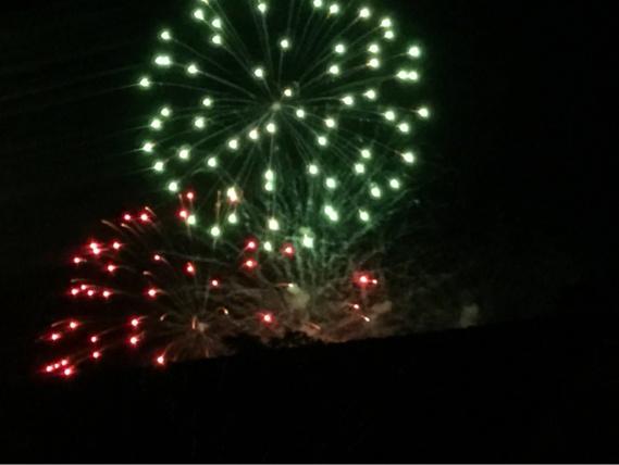 Images du feu d'artifice de Pacy-sur-Eure