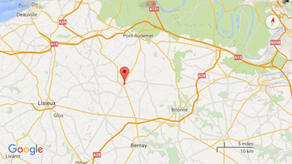 Perte de contrôle mortelle entre Pont-Audemer et Bernay : le véhicule percute un arbre