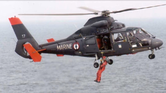 L'hélicoptère de la Marine a pris part aux recherches (illustration@Marine nationale)
