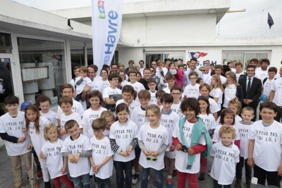 En juin dernier, avec la Ligue de Voile de Normandie, la Normandy Elite Team et la Société des Régates du Havre, les Havrais lui ont déjà témoigné son soutien lors du lancement d'un club de supporteurs (photo©Erik Levilly – Ville du Havre)