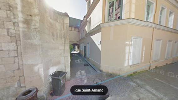 Les faits se sont déroulés dans un appartement situé dans un passage donnant sur la rue Saint-Amand, près de rue de la République et de l'hôtel de ville (illustration@Google Maps)
