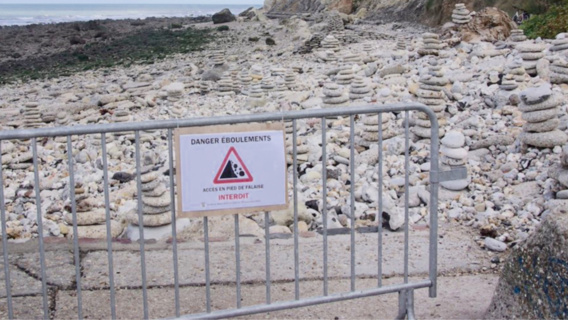 Des barrières ont été in stallées pour interdire l'accès à la falaise (Photo@Codah)