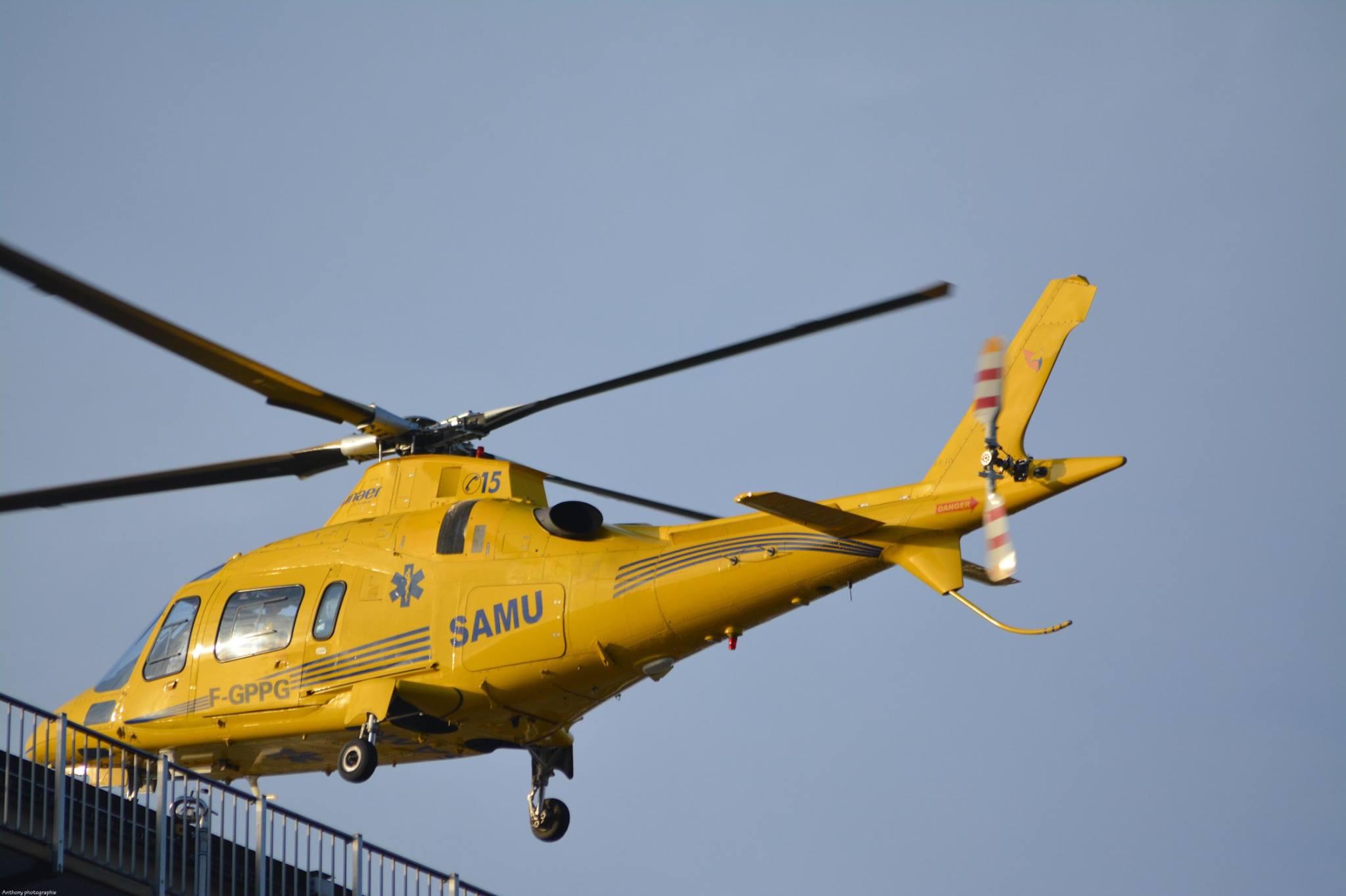 Le jeune homme, blessé légèrement, a été transporté au CHU par l'hélicoptère sanitaire du SAMU (Photo@autotitre.com)