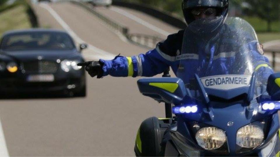 L'automobiliste roulait à 213 km/h lorsqu'il a été contrôlé par la gendarmerie (Illustration@gendarmerie nationale)