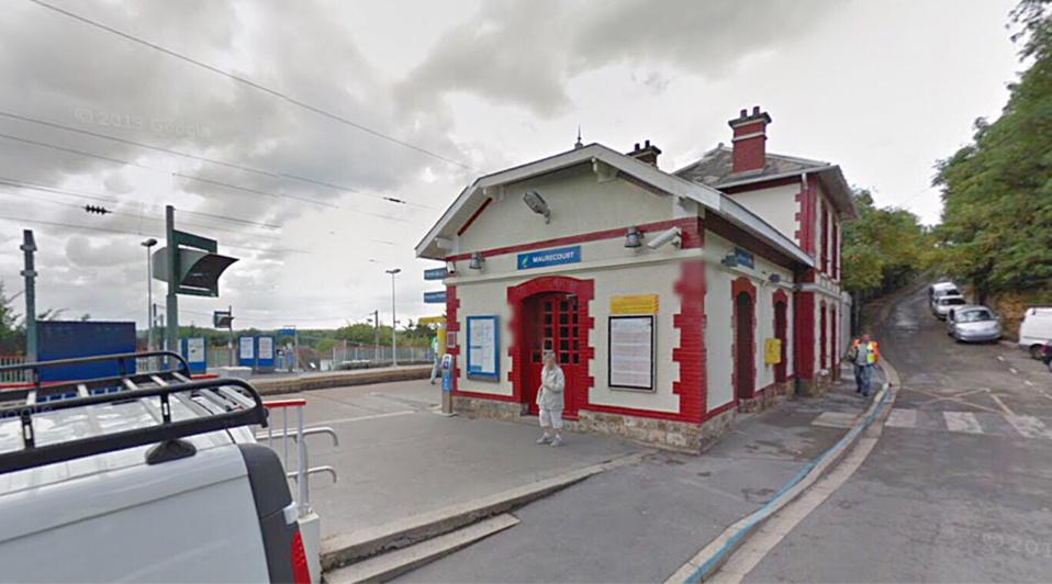 Les jeunes voleuses ont été arrêtées à leur descente du train à la gare d'Andrésy-Maurecourt (illustration@Google Maps)
