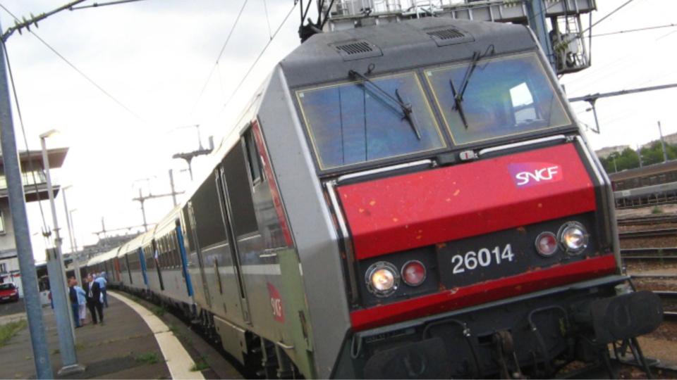 La victime aurait attendu l'arrivée du train pour se jeter sur les voies à Breuilpont (Illustration)