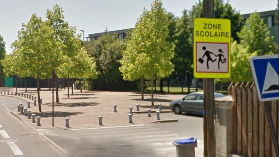 Les faits se sont déroulés sur le parking devant le collège Montaigne (Illustration@Google Maps)