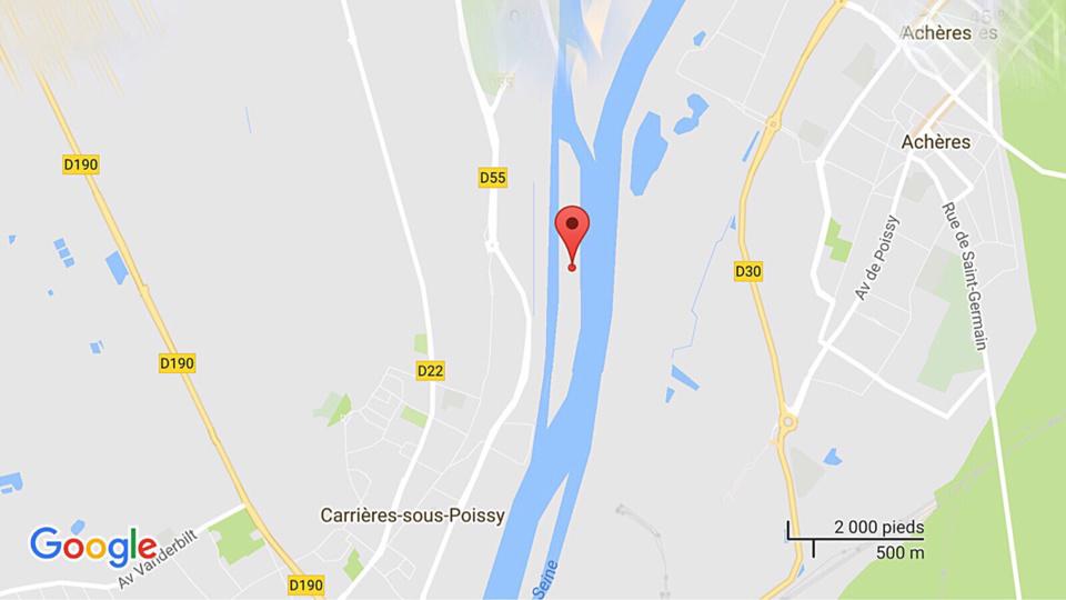 Carrières-sous-Poissy : le pilote d'un jet ski repêché dans la Seine  par les pompiers et la brigade fluviale