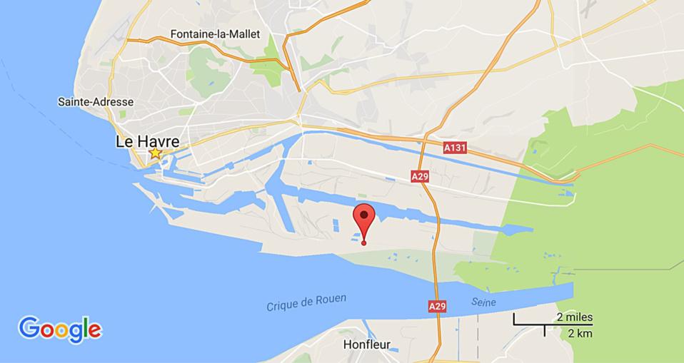 Violent incendie sur le site d'enfouissement Étarès à Gonfreville-l'Orcher