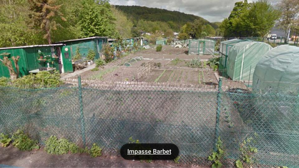 Trois cabanons ont été entièrement détruits et des cultures endommagées ( illustration@Google Maps)